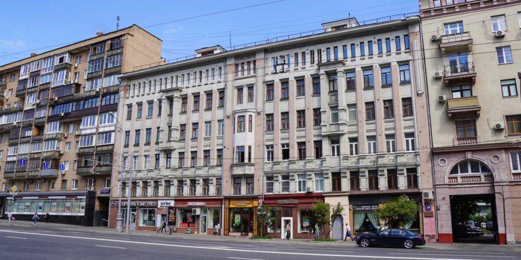 Дом в Пресненском районе, где жил Маяковский, отреставрируют