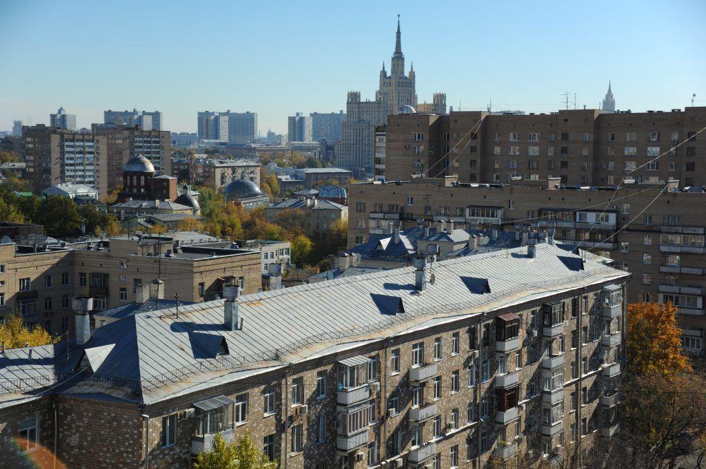 Около четырех тысяч медицинских организаций Москвы смогут получить отсрочку по налогам