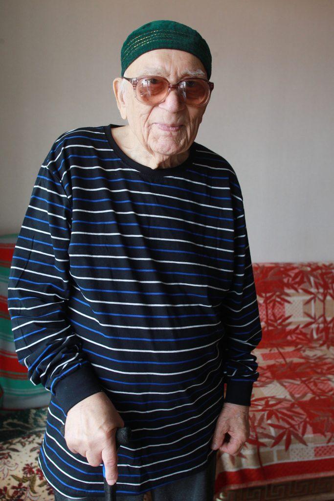 21 июля 2020 года. Леонид Сергеевич стал домоседом и гостеприимным хозяином. Фото: Наталия Нечаева, «Вечерняя Москва»