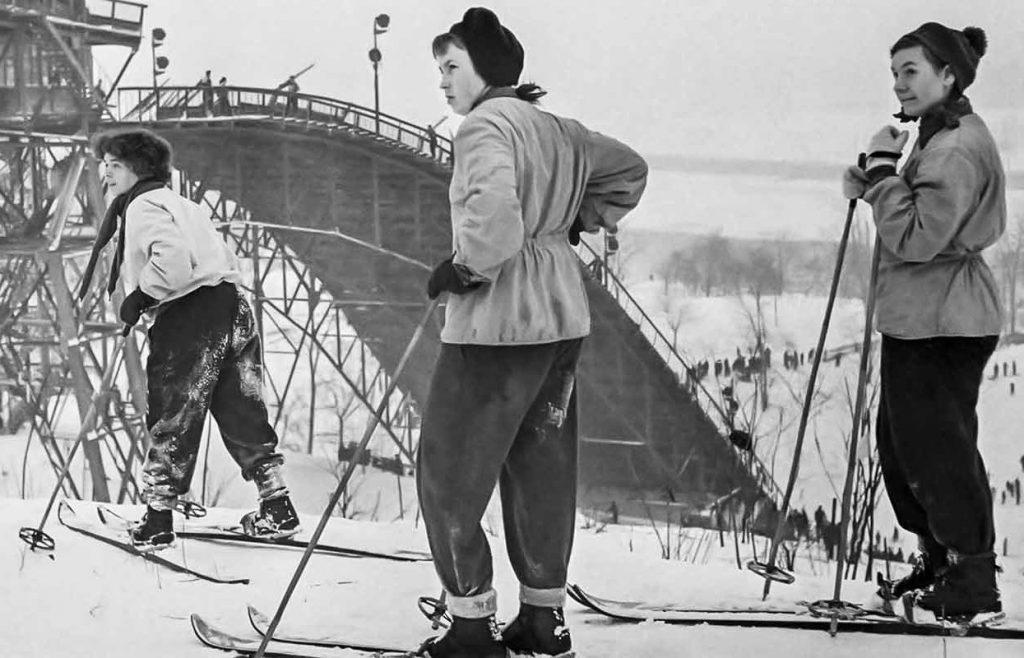 Фотографии советского спорта представили на выставке Главархива