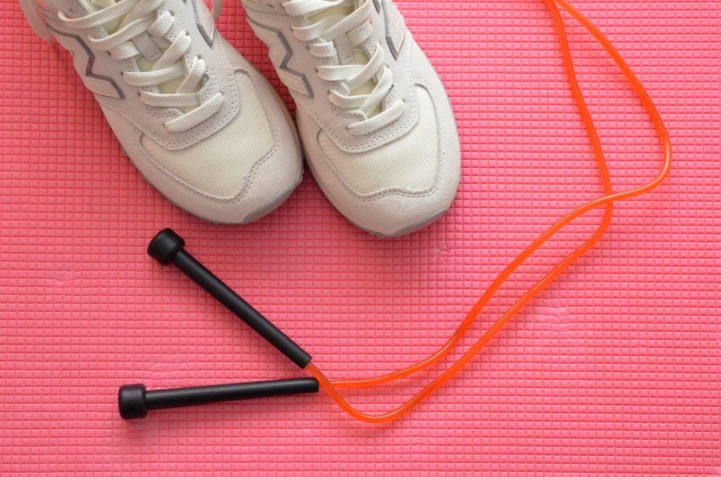 Физкульт-тренировка: спортивное занятие онлайн проведут сотрудники филиала «Хамовники»