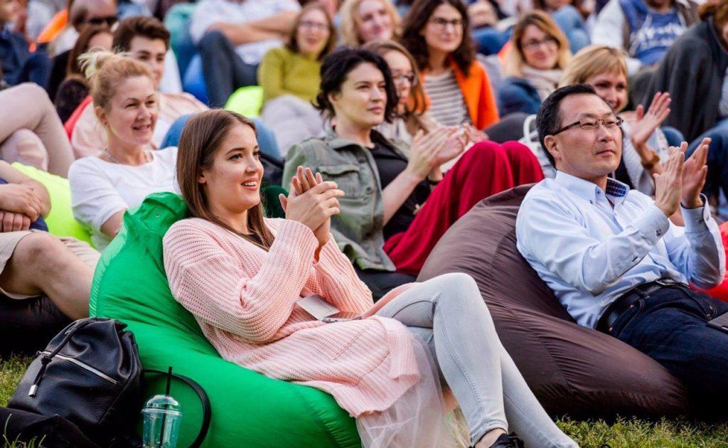 Музыка среди пальм и орхидей: в Аптекарском огороде с августа возобновят концерты