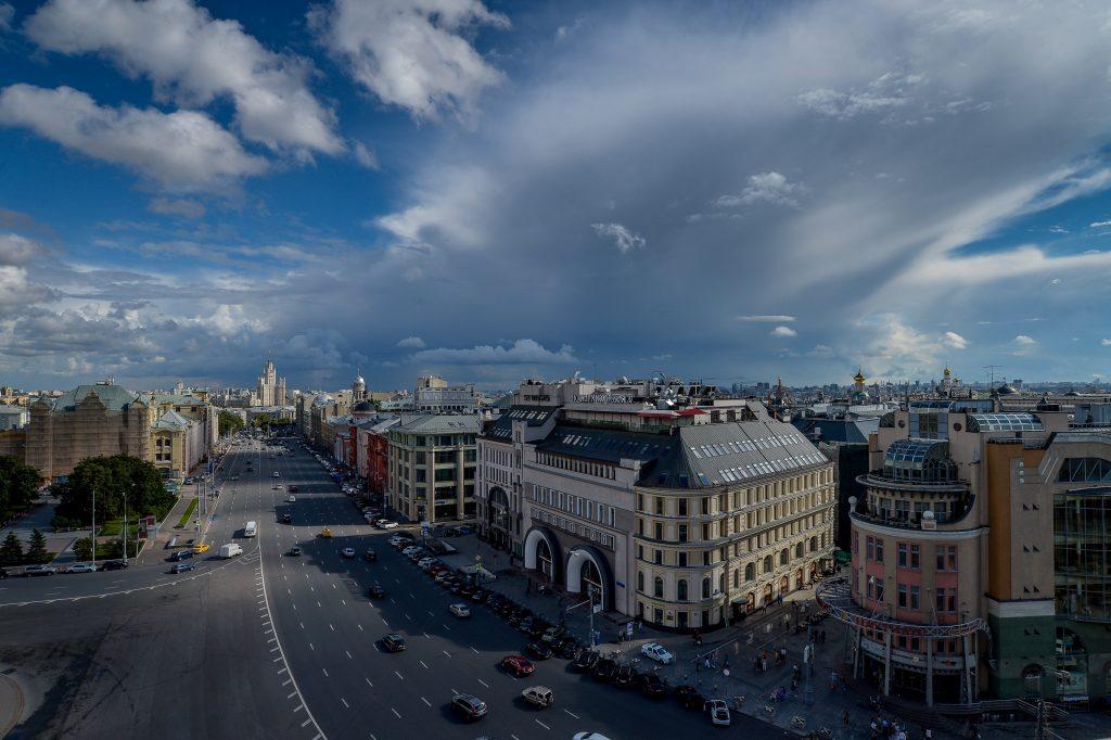 Синоптики Москвы продлили «желтый» уровень опасности на среду
