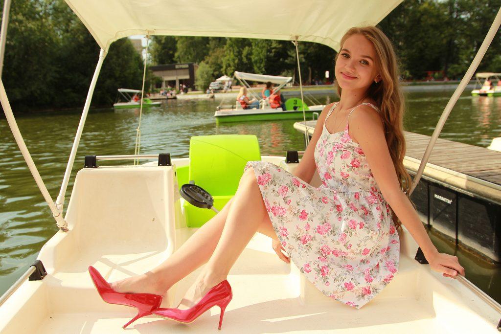 Прокат лодок и катамаранов запустили в Парке Горького
