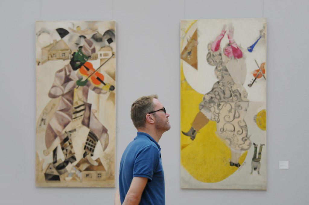 Экскурсии для групп до пяти человек начнут проводить в Третьяковской галерее