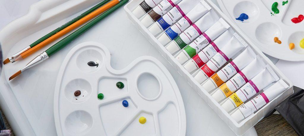 Цветы и графика: мастер-класс по живописи провели онлайн на странице в соцсетях Тургеневской библиотеки