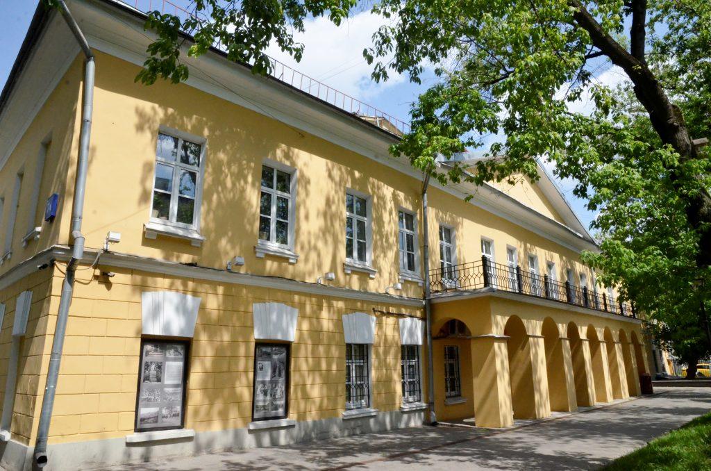 Ничто не забыто: военную лекцию провели в «Доме Гоголя»