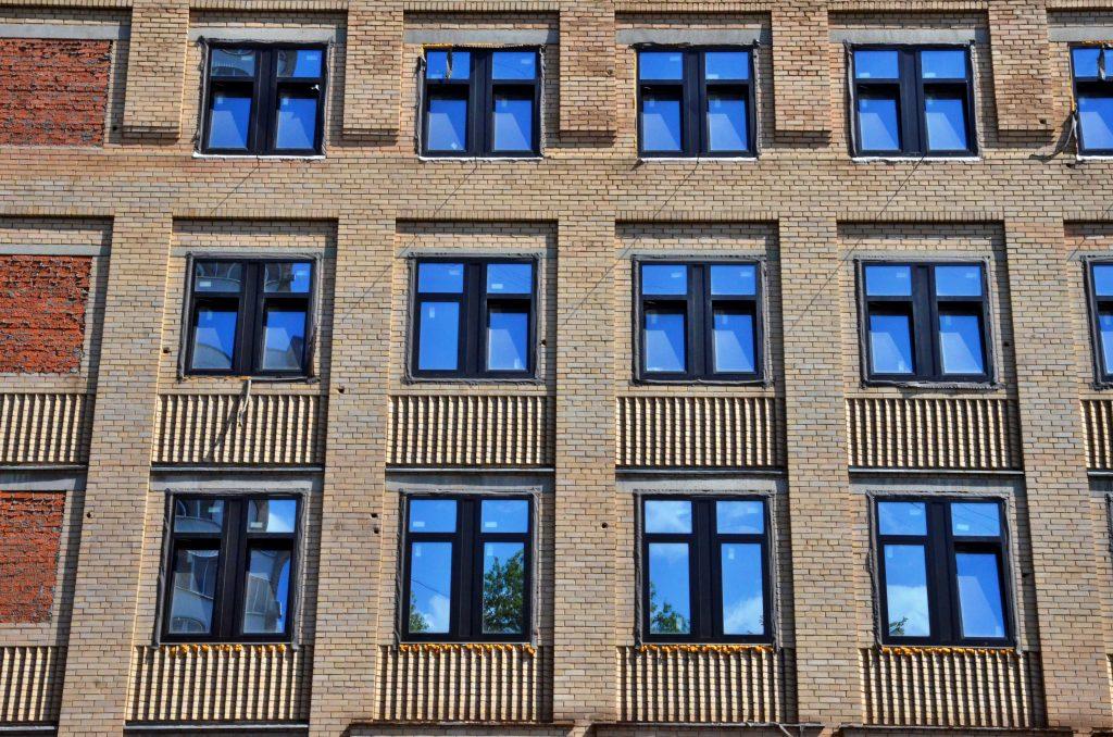 Капитальный ремонтвозобновилив многоквартирных домах на Донской улице