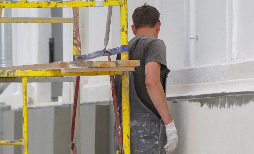 Один из этапов капитального ремонта завершат в доме в Большом Патриаршем переулке