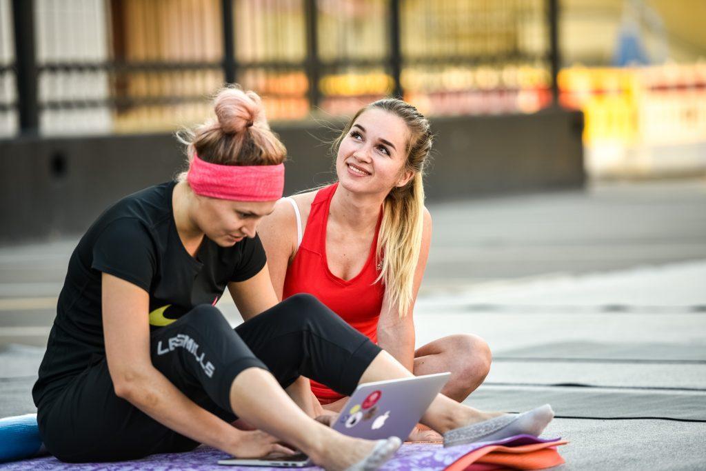 Три парка в центре Москвы проведут бесплатные тренировки по фитнесу