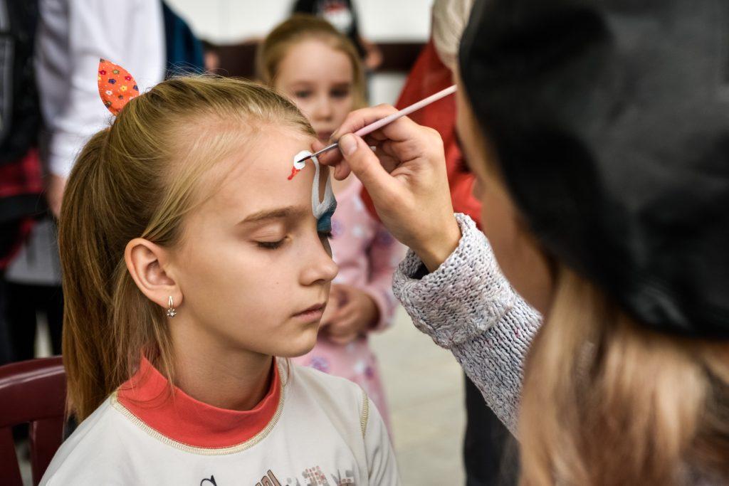 Юным москвичам подарят 1,2 тысячи мастер-классов на День города