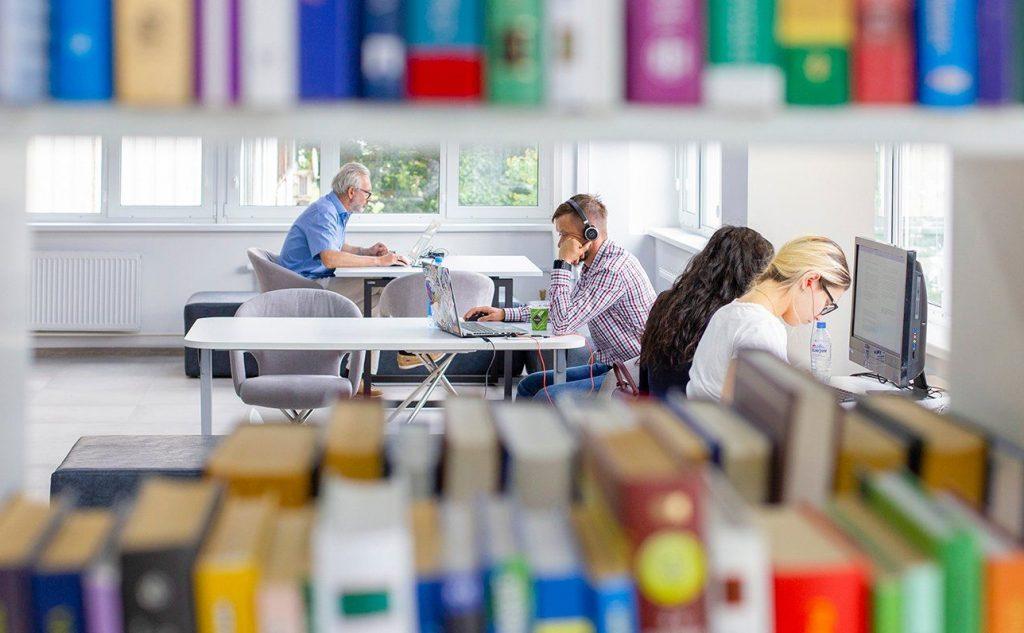 Платонов и Грасиан: тематическую онлайн-программу подготовили в библиотеке имени Александра Боголюбова