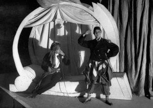 Сцена из спектакля «Принцесса Турандот» в постановке Евгения Вахтангова. Фото: РИА НОВОСТИ
