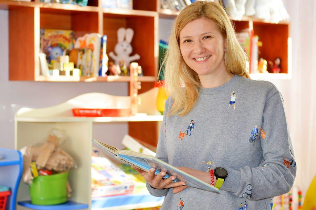 Москвичей пригласили стать наставниками для детей-сирот
