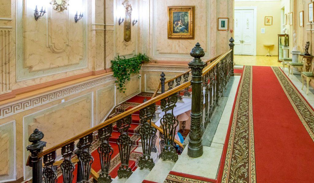 Коммуналка или усадьба: сотрудники Дома культуры «Гайдаровец» проведут экскурсию по особняку Толстых-Борисовских