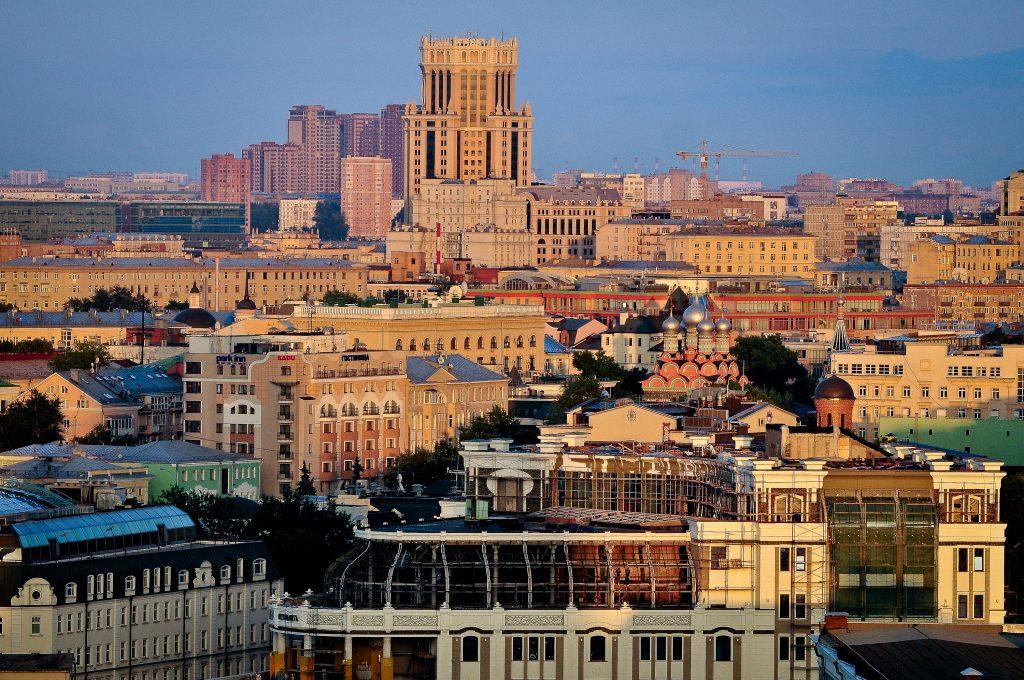 Москвичи обсудят 85 градостроительных проектов