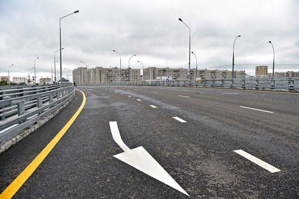 Эстакаду прямого хода забетонировали на развязке МКАД с Волоколамским шоссе