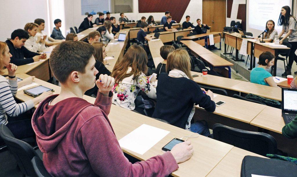 Математический бриз: в МИСиС пройдет отборочный этап международной олимпиады для школьников