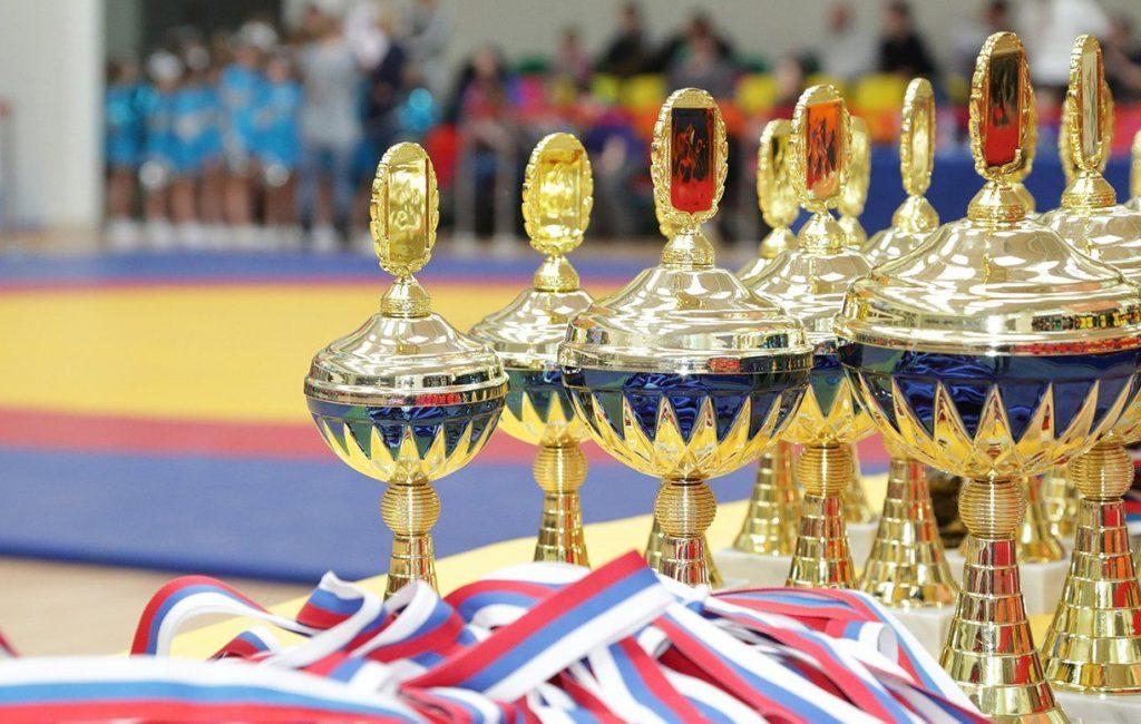 Десять команд — одна победа: в Пресненском районе состоялся турнир по мини-футболу