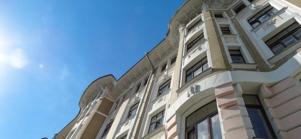 Капремонт в жилом доме в скором времени завершат в Красносельском районе