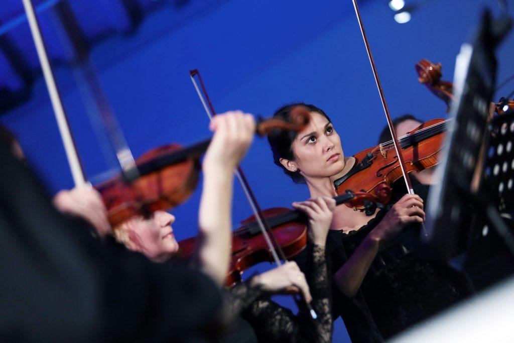 Москвичам подарят более 180 онлайн-мероприятий в «Ночь искусств»