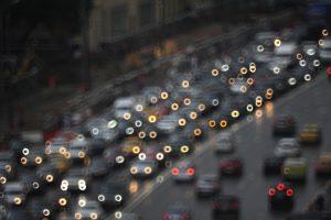 За рулем следует быть внимательнее. Фото: Александр Кожохин