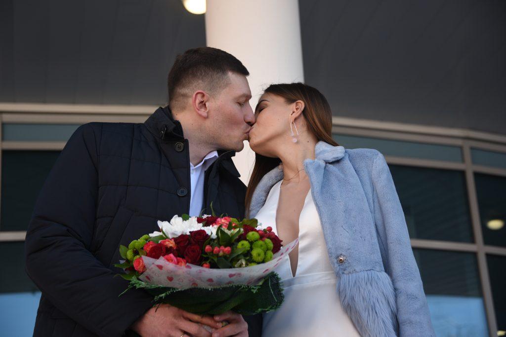 Грибоедовский ЗАГС в центре Москвы пригласил пожениться в Рождество
