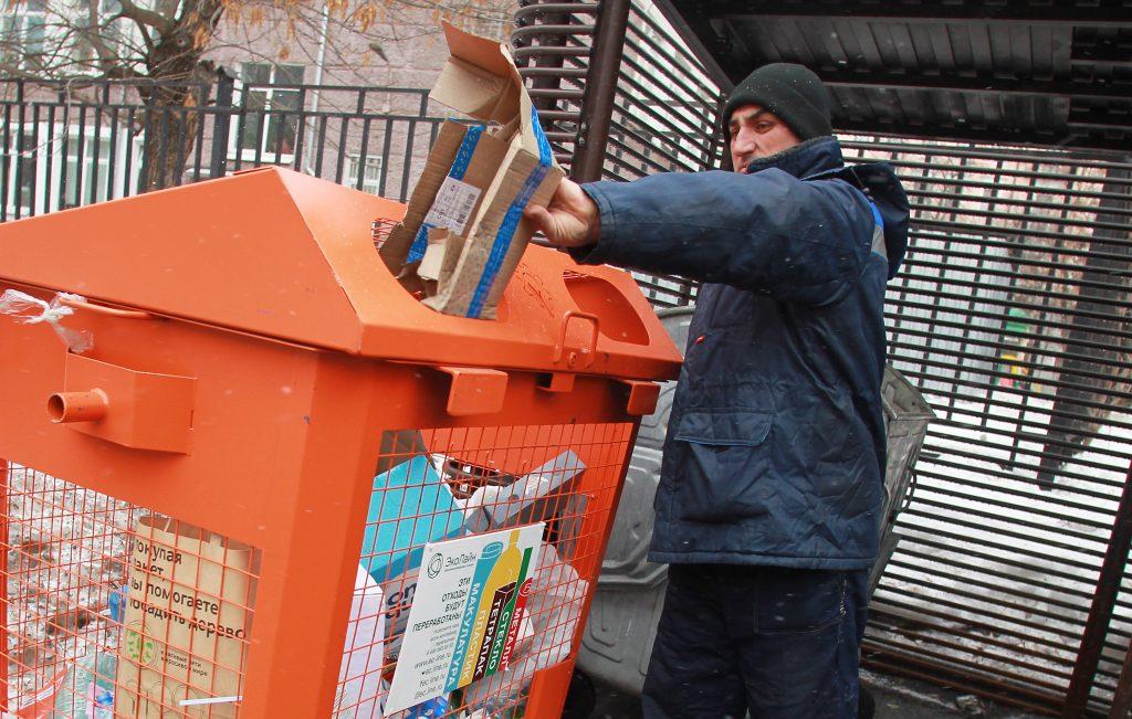 Москва усилит контроль над мусорщиками