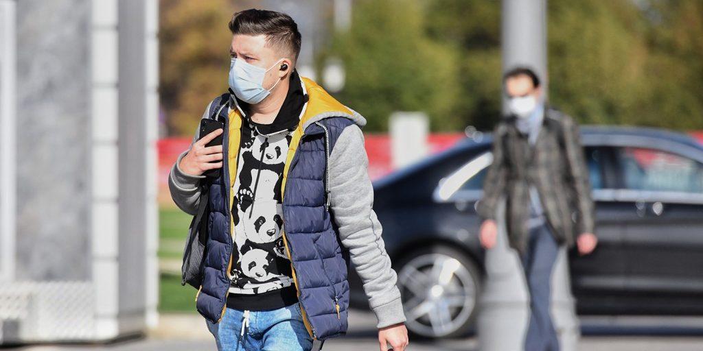 Более 80 посетителей трех ТЦ в ЗАО оштрафовали за отсутствие масок