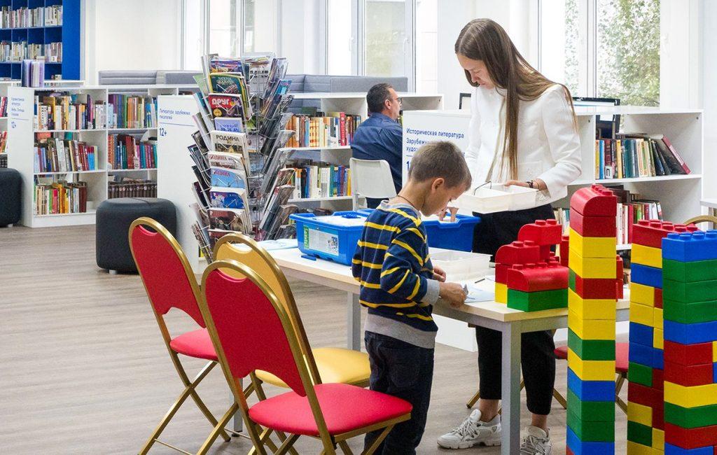 Сотрудники детского клуба в Хамовниках пригласили дошкольников на онлайн-обучение чтению 16 и 18 ноября