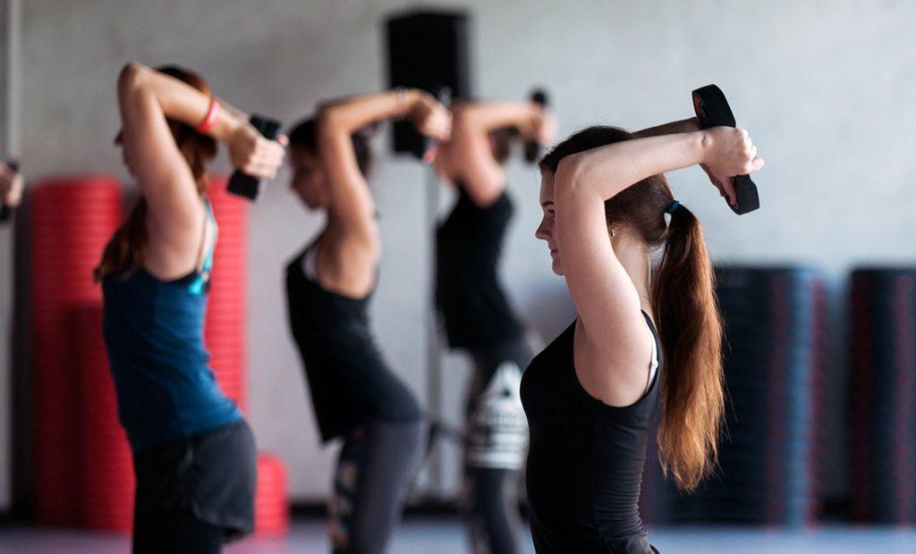 Спорт для здоровья: упражнения покажут сотрудники филиала «Хамовники» на онлайн-занятии