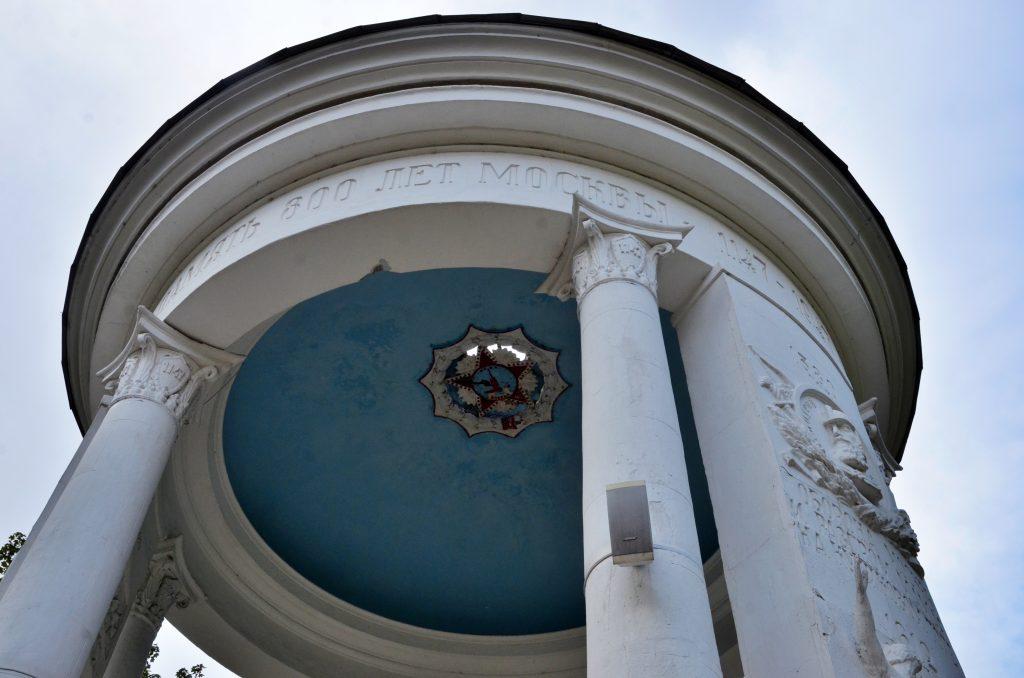 Мифы и легенды Нескучного сада расскажут москвичам на экскурсии
