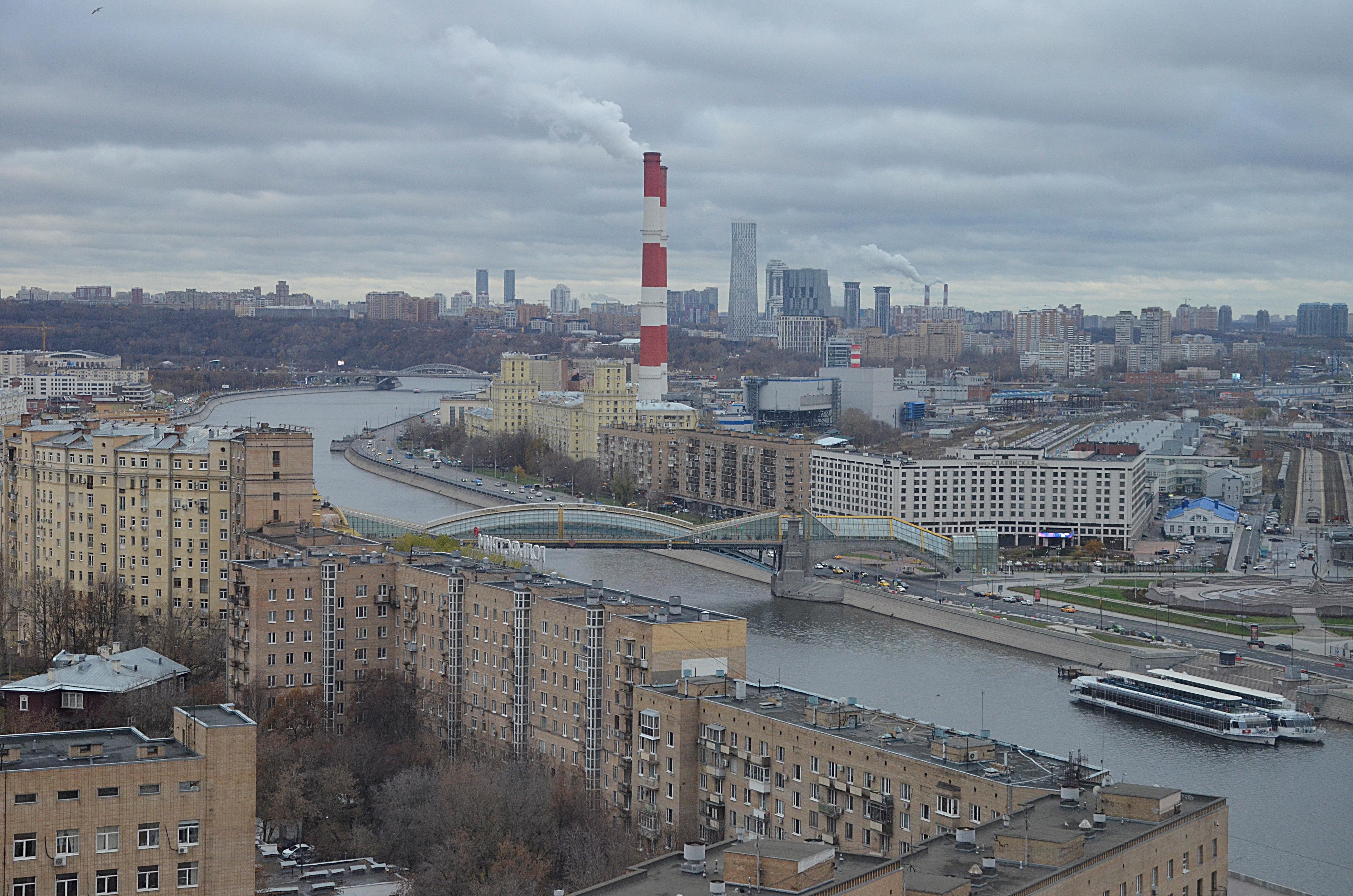 Бюджет Москвы на 2021 год предусматривает бесплатную вакцинацию от COVID-19. Фото: Анна Быкова