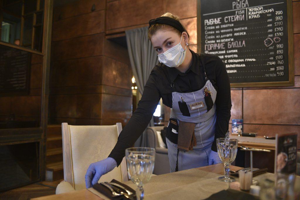 В Великобритании посетителям ресторанов запретят выпивать после приема пищи