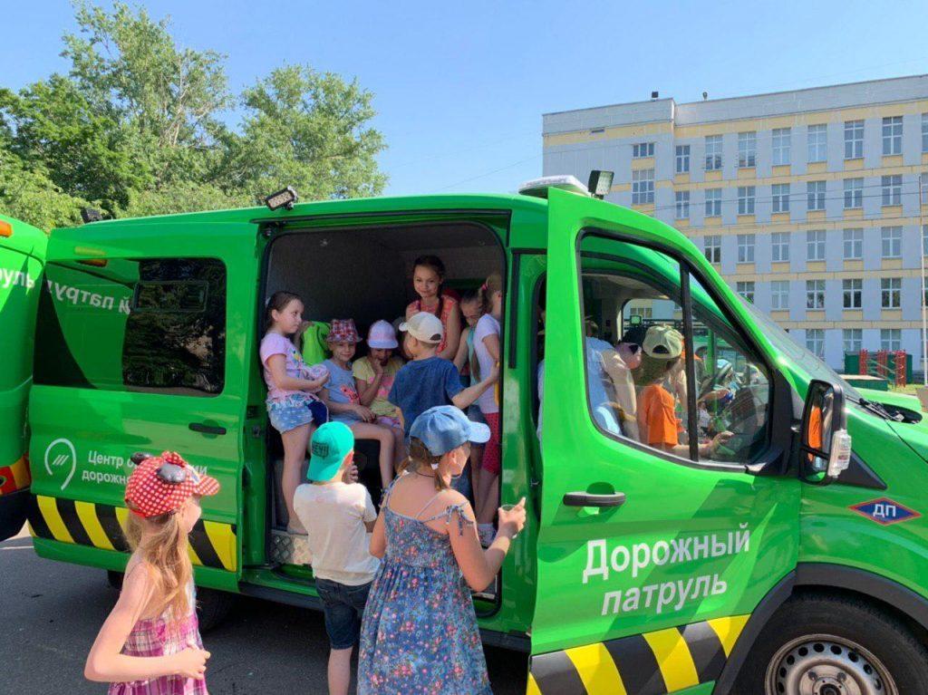 В Москве расширят онлайн-программу для школьников по правилам дорожного движения
