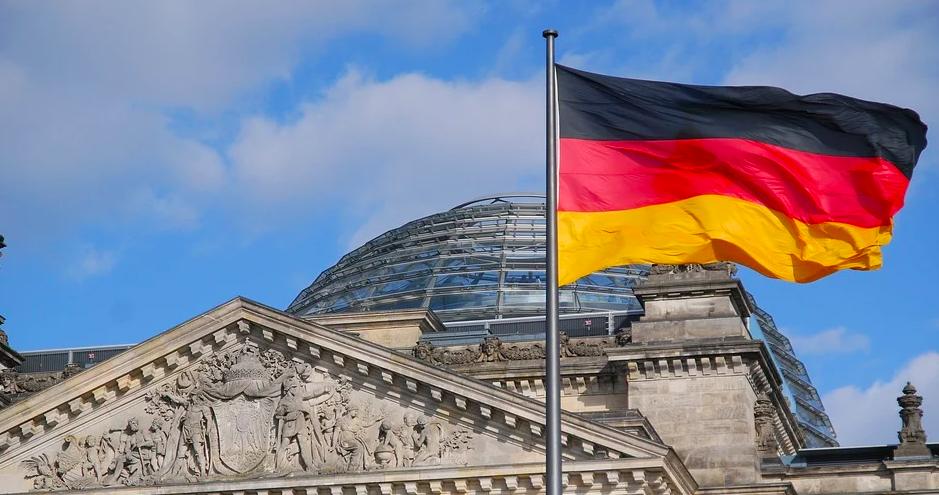 В Германии за сутки умерли около тысячи пациентов с коронавирусом