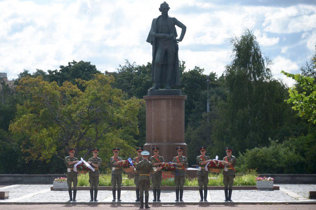 Памятник Александру Суворову отремонтируют до конца 2020 года в Мещанском районе