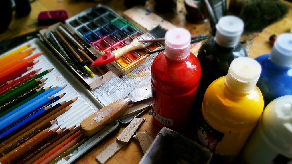 Технике акварельной живописи обучат на сайте Дома культуры «Стимул»