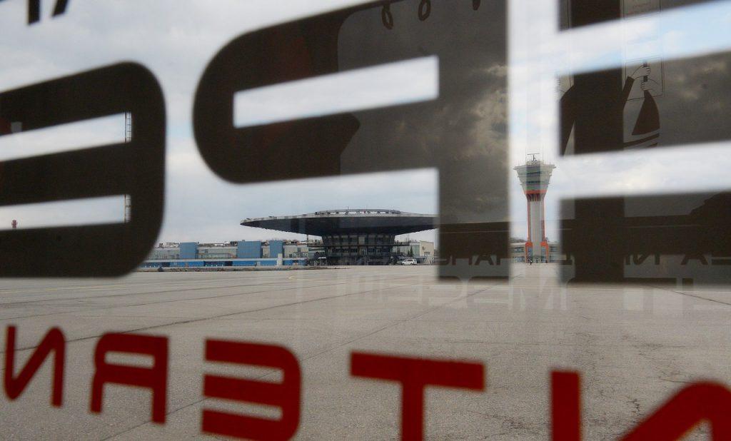 Обновленную взлетно-посадочную полосу в аэропорту Шереметьево откроют 24 декабря