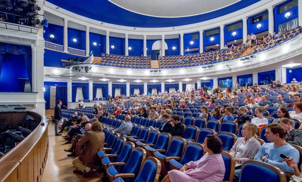 Театральную деятельность Всеволода Мейерхольда обсудили на онлайн-встрече на площадке Бахрушинского музея