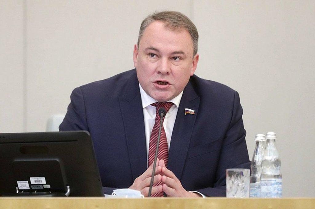 Депутат Госдумы Толстой принял участие в акции «Звонок добра»