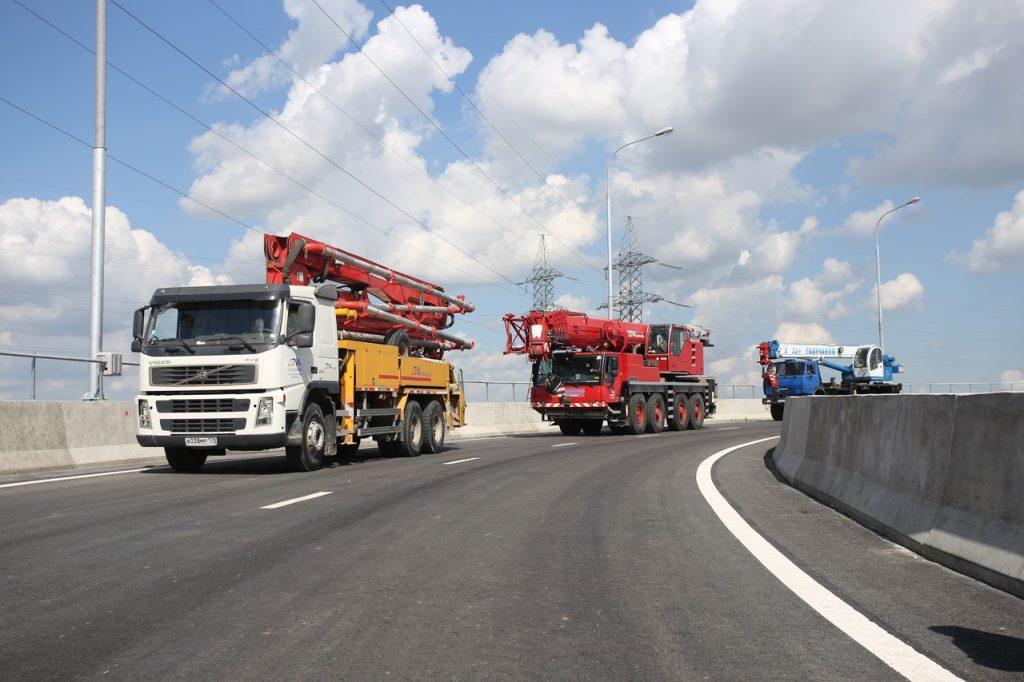 Более 72 километров новых дорог пообещали москвичам в 2021 году