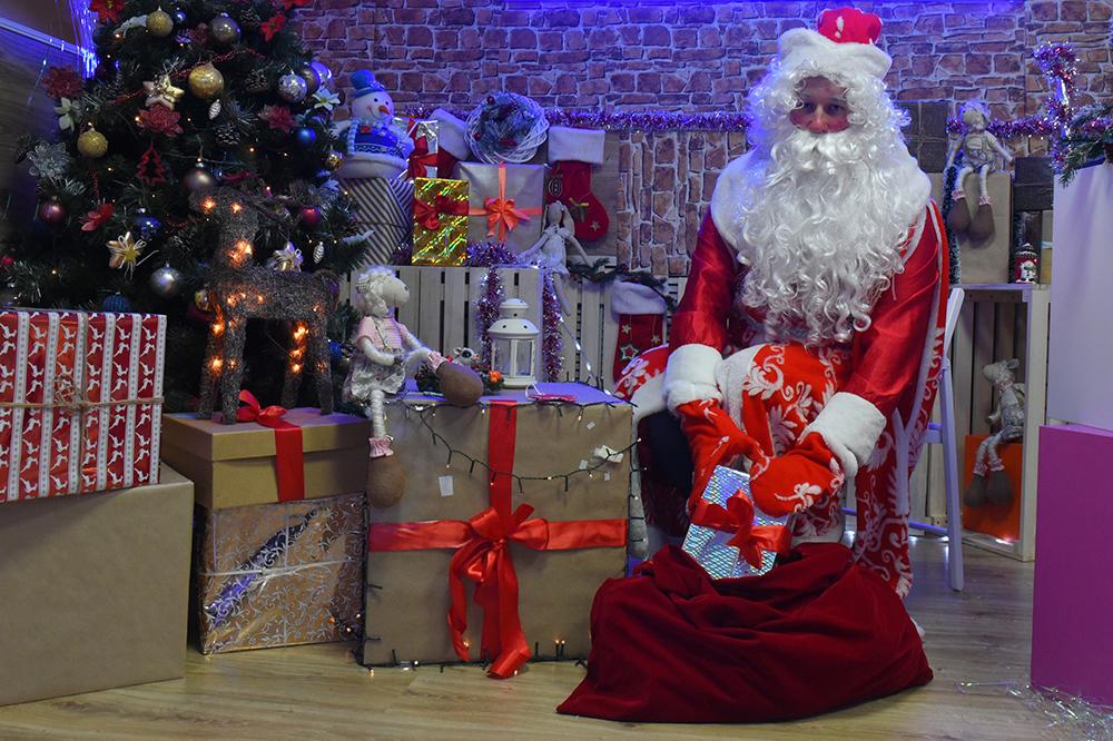 Проект «Московское долголетие выбрал лучшего Деда Мороза