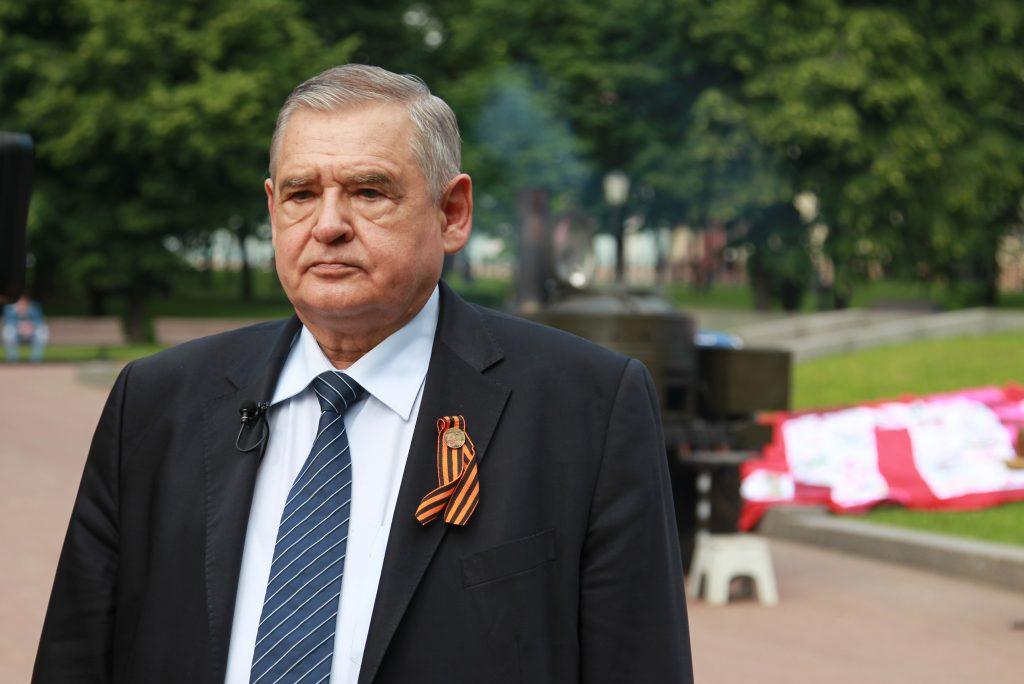 Депутат Госдумы Николай Гончар принял участие в акции «Звонок добра»