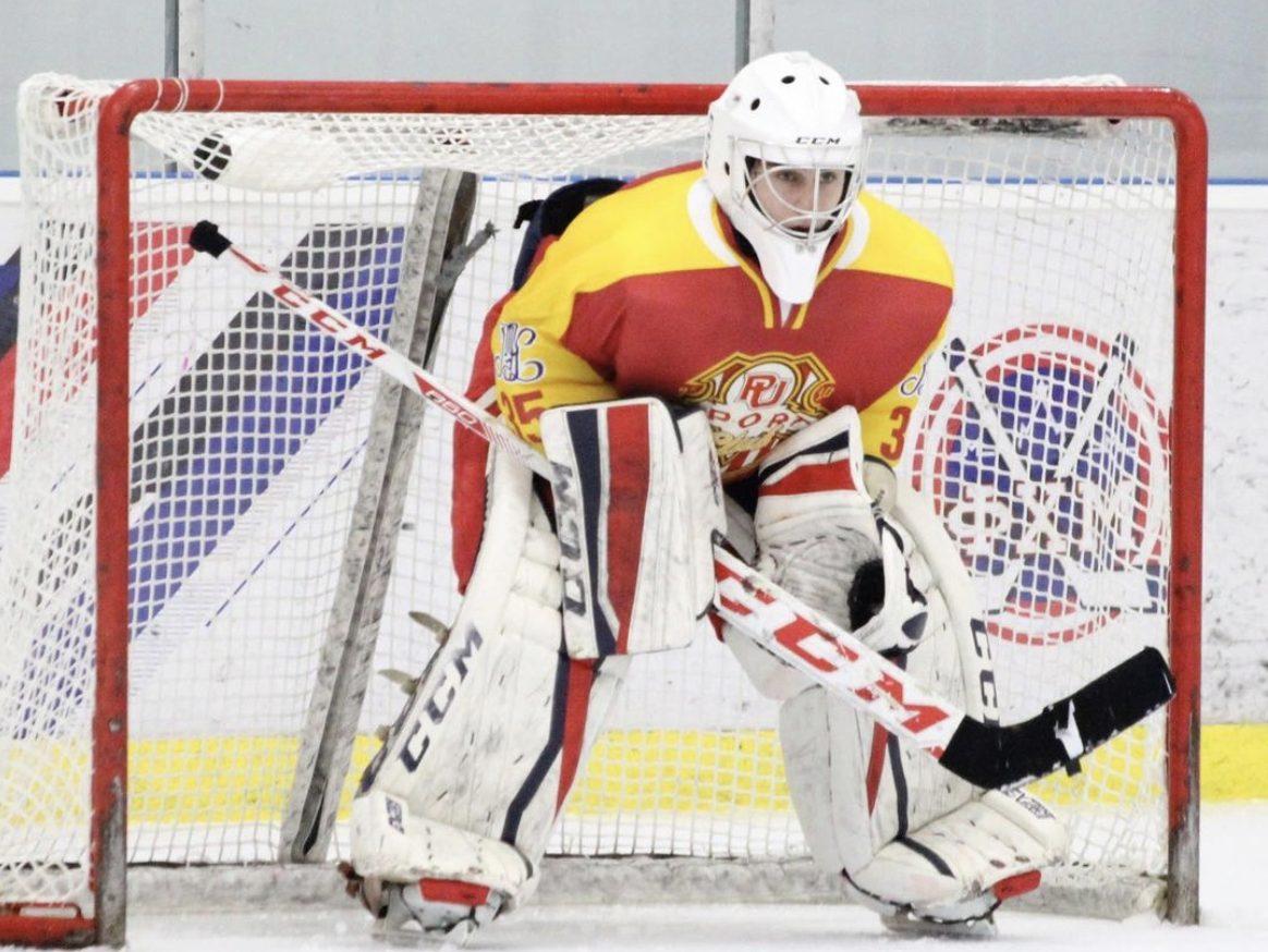 Первая победа в новом сезоне: сборная по хоккею Плехановского университета приняла участие в матче. Фото предоставили в пресс-службе Плехановского университета