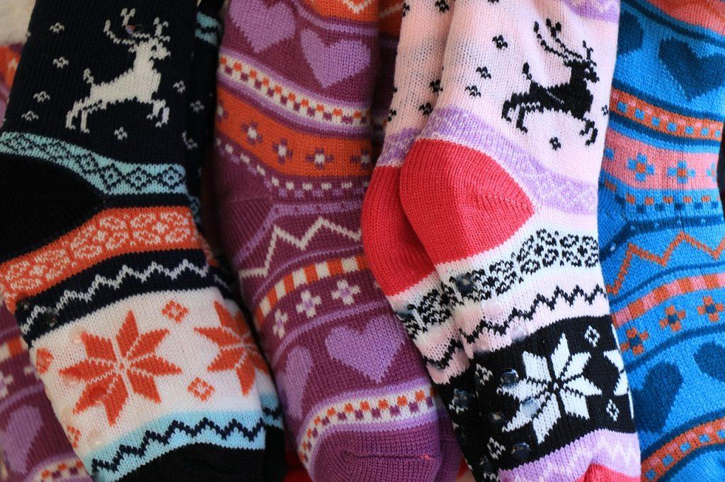 Новогодние игрушки из носочков изготовили на мастер-классе в Центре «Пресня». Фото: pixabay.com