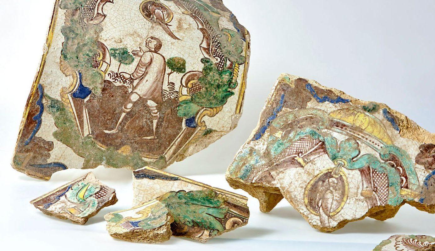 Украшение тепла из XVI века: виртуальную выставку изразцов запустили в музее «Садовое кольцо». Фото: сайт мэра Москвы