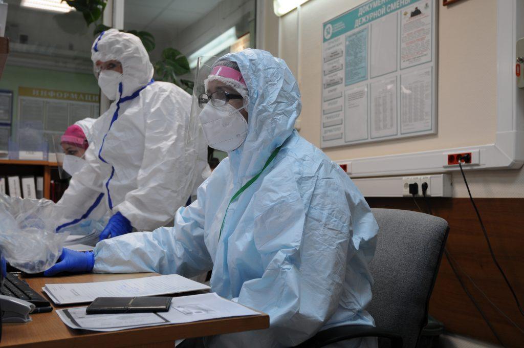 Коронавирусом в Москве за минувшие сутки заразились 1723 человека