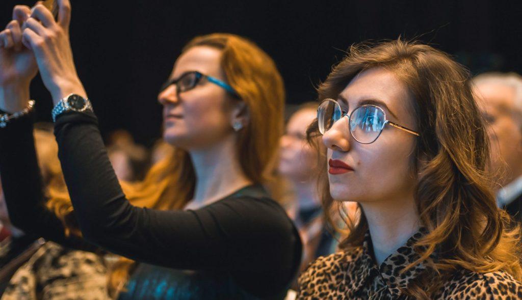 Звучание гуслей и балалайки послушали гости концерта в Доме Гоголя. Фото: сайт мэра Москвы