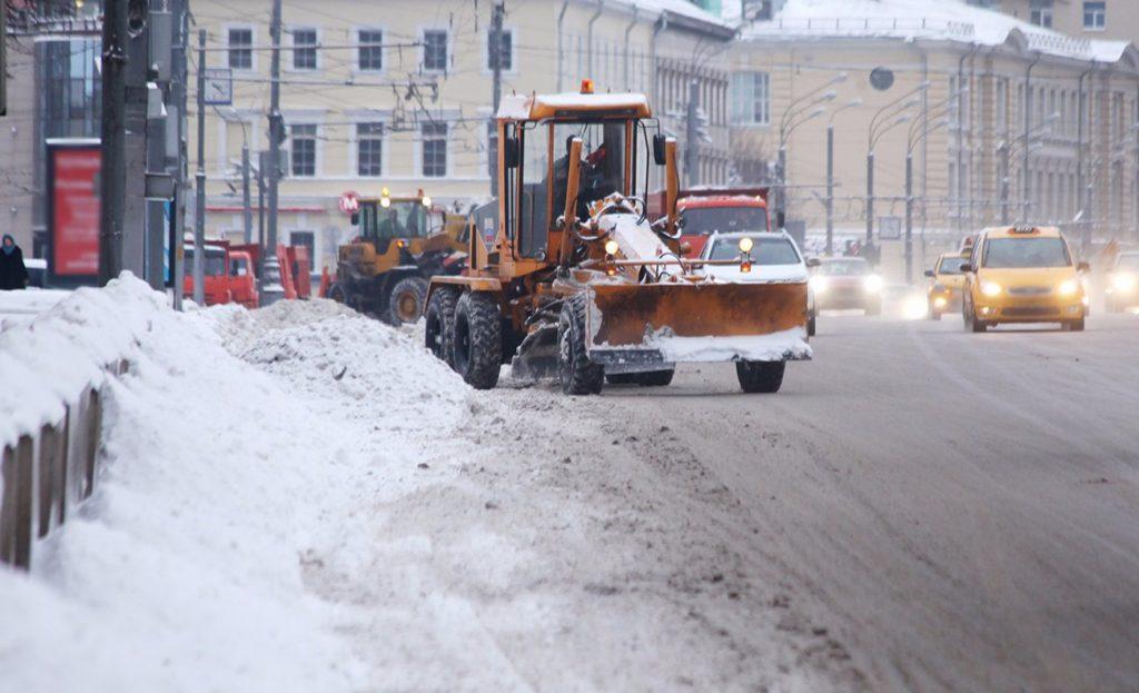Снежные массы убрали в районе Замоскворечье